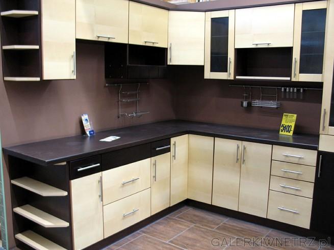 Kuchnia narożna  cena mebli 5400PLN Jak na tak dużą kuchnię to nie jest dro   -> Kuchnia Ikea Tania