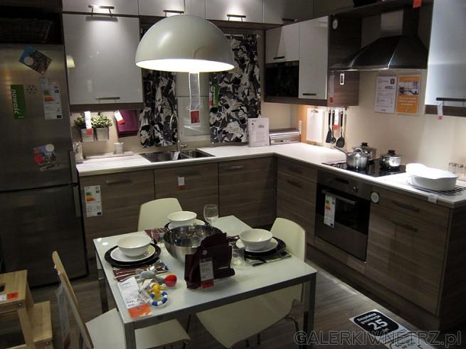 Zestaw mebli do kuchni Ikea Szafki wiszące z białej   -> Salon Kuchni Janki