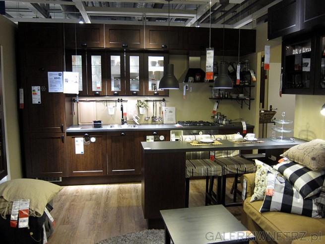 Kuchnia w ciemnych barwach ze zdjęcia kosztuje 6840PLN bez AGD. Ciemne kolory wymagają ...