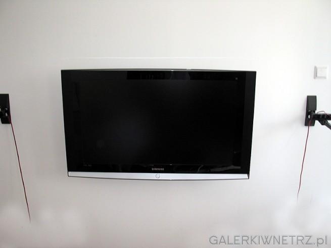 Na jakiej wysoko�ci zamocowa� TV LCD? ja zamocowa�em na takiej aby siedz�c na krze�le ...
