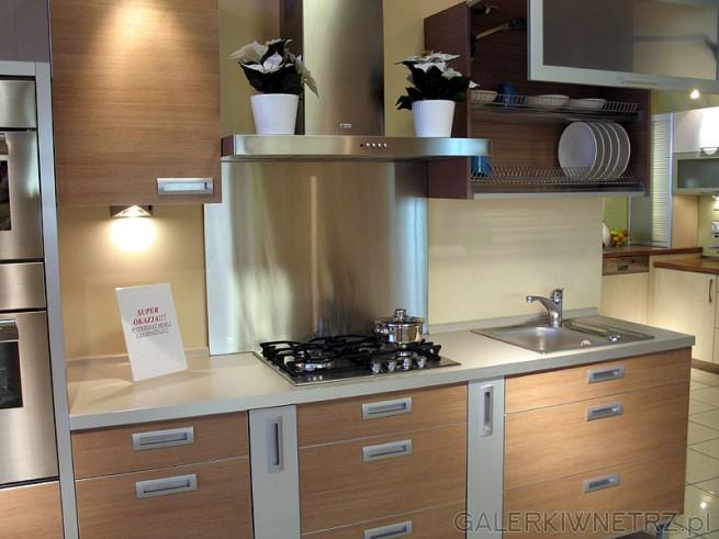 Mebel Rust organizuje czasem wyprzedaż mebli z ekspozycji GALERKIWNETRZ PL -> Salon Kuchnie Rust