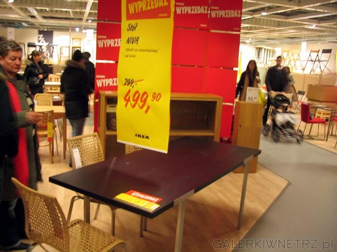 Stół do jadalni Niva. Miejsce dla 6 osób.projekt: Mikael Warnhammar. Długość: 198 ...