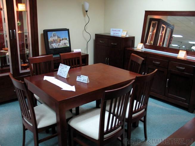 Zestaw mebli do salonu lub jadalni - przy tej wielkości stołu można zastosować 6 krzeseł