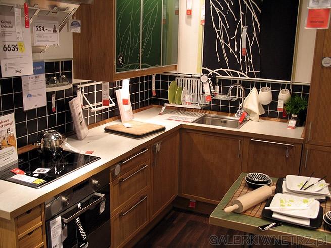 Projekt kuchni narożnej Blaty w tym roku są już bez   -> Kuchnia Ikea Adel