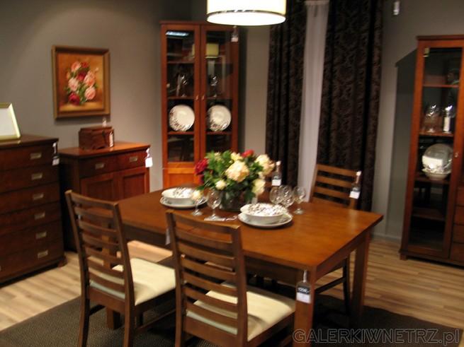 BRW Stół do kuchni lub jadalni cena 1239PLN. Krzesła z drewnianym oparciem w cenie 319PLN