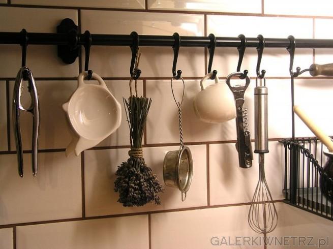 Haczyki zainspirowane kuchnią folklorystyczną.