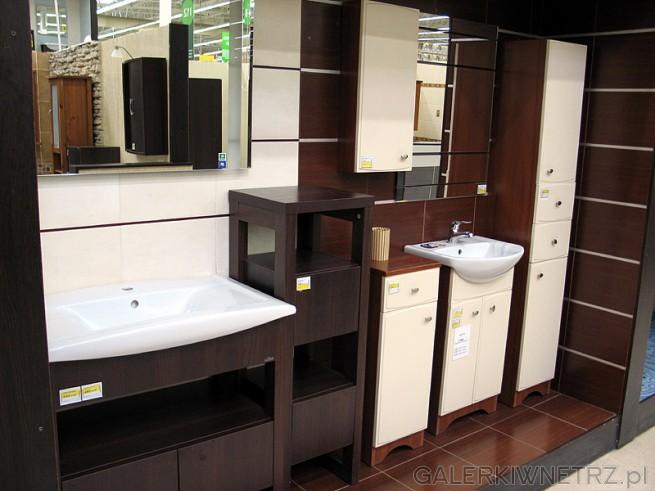 Łazienka wenge i biel. Duże proste lustro