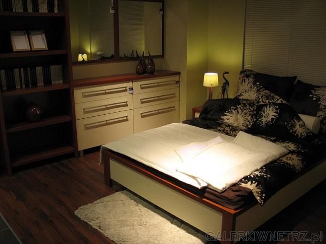 Propozycja ciekawie urządzonej sypialni systemu Vis A Vis. Dwuosobowe łóżko w beżu ...