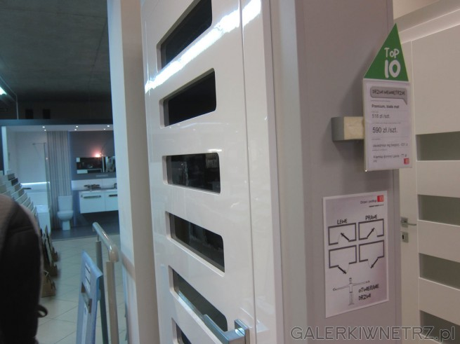 Białe drzwi wewnętrzne Premium - bezprzylgowe, z ozdobnymi przeszkleniami, regularnymi ...