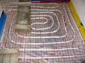 Ogrzewanie podłogowe (niskotemperaturowe) zamiast tradycyjnych grzejników
