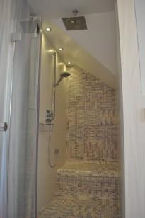 Duża Biała łazienka Na Poddaszu Galerkiwnetrzpl