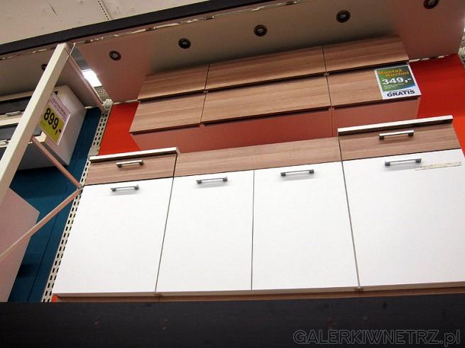 Kuchnia Luna pasuje do niewielkiej kuchni cena 899PLN. W komplecie szafki: stojąca ...