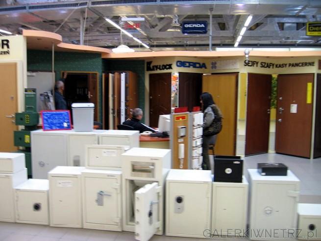 Konsmetal sprzedaje zabezpieczenia, drzwi antywłamaniowe, sejfy, kasy pancerne, szafy