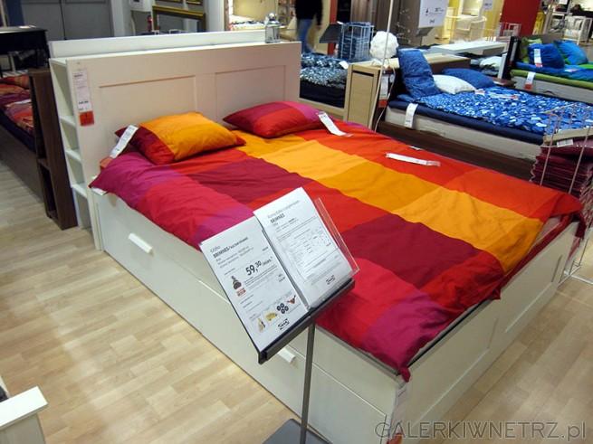 Białe łóżko, z szufladami. Cena łózka wraz z dnem i materacem 1555PLN