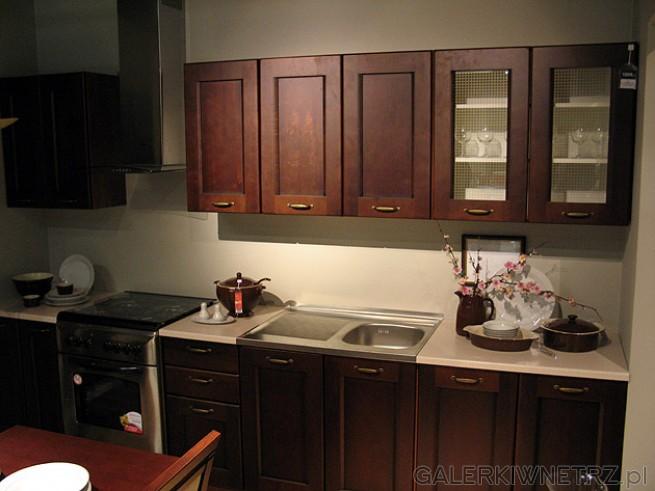 Kuchnia BRW Nika Standard kolor brąz ciemny. Kuchnia ma szerokość 260cm i kosztuje ...