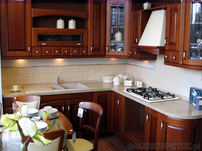 Kuchnia w stylu rustykalnym. Kolekcja kuchni BRW