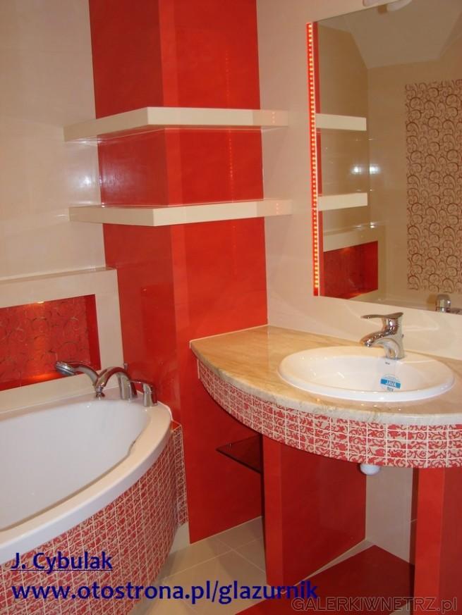 Czerwona glazura w łazience