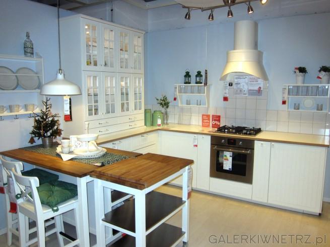 Kolejna piękna aranżacja kuchni w stylu prowansalskim, klasyczna, prosta, ograniczona ...