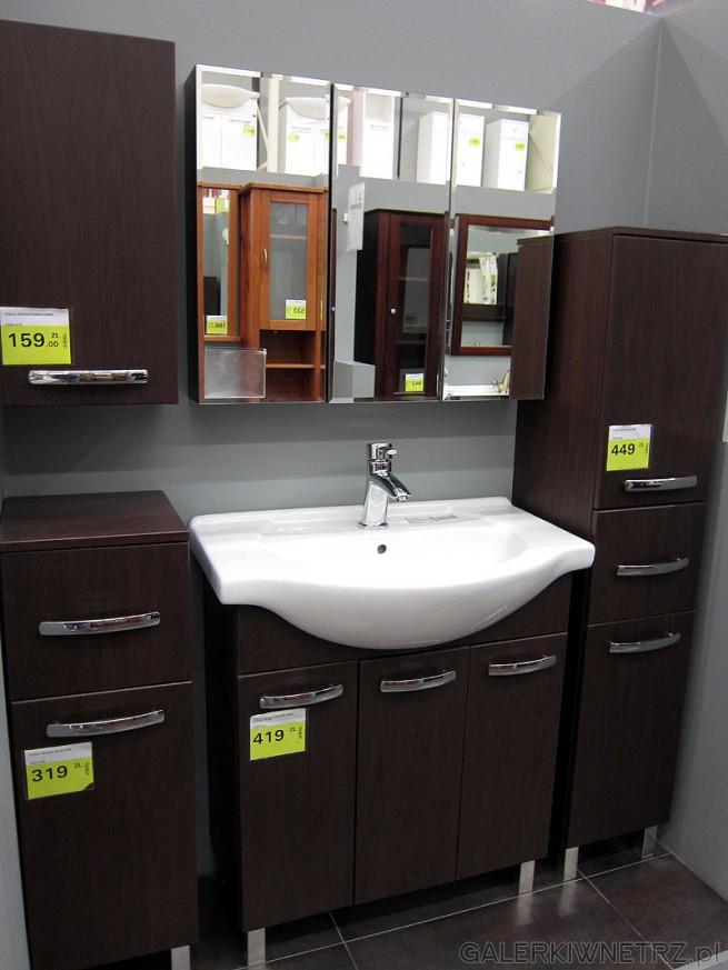 Funkcjonalny Zestaw Mebli łazienkowych W Kolorze Wenge Z