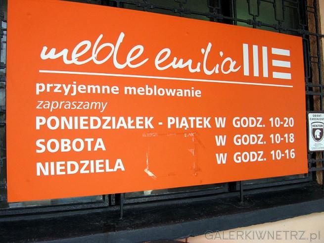 Meble Emilia - godziny otwarcia. Codziennie sklepy są czynne w godz 10:00-20:00