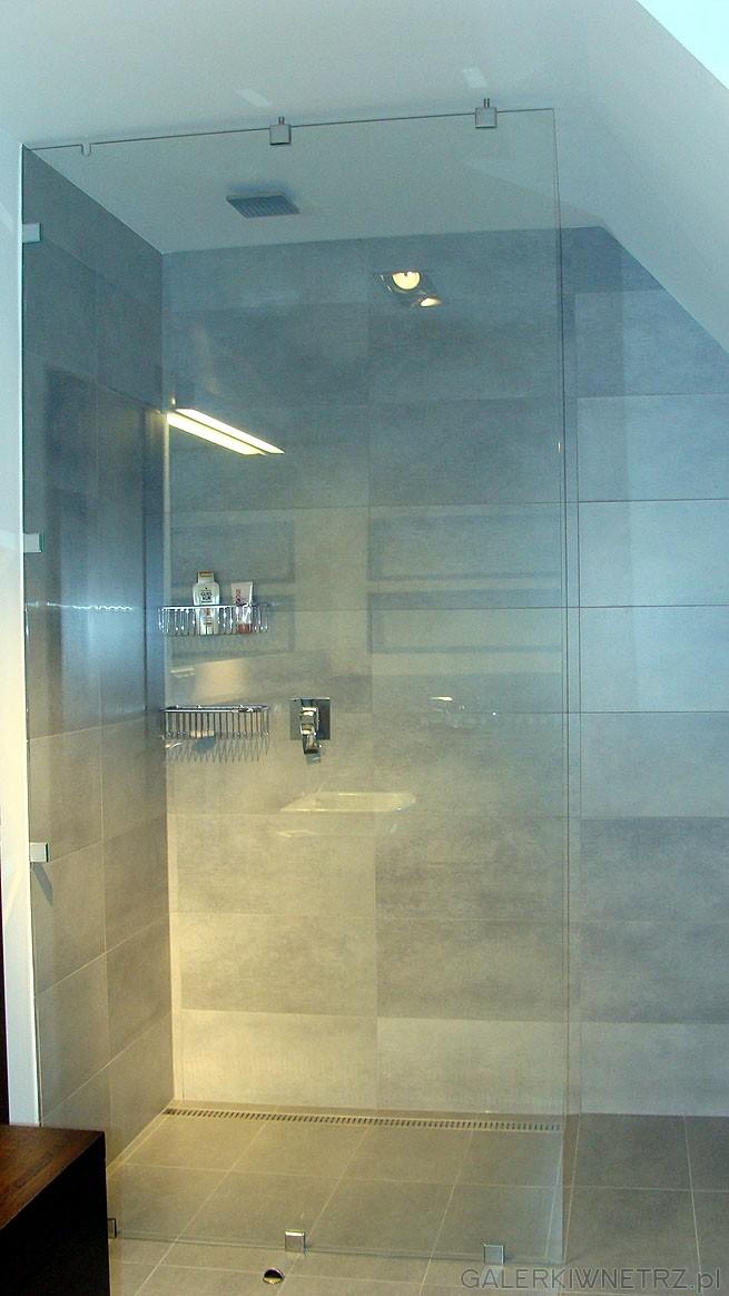Kabina wolnostojąca, z transparentnego szkła, w kształcie kwadratu