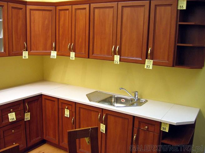 Projekt kuchni można zamówić w salonie. Architekt kuchni w ramach wybranej liniii ...