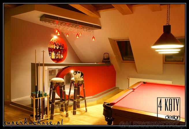 Stół bilardowy w domu jednorodzinnym . Projekt i wykonanie oryginalnego baru z aneksem ...