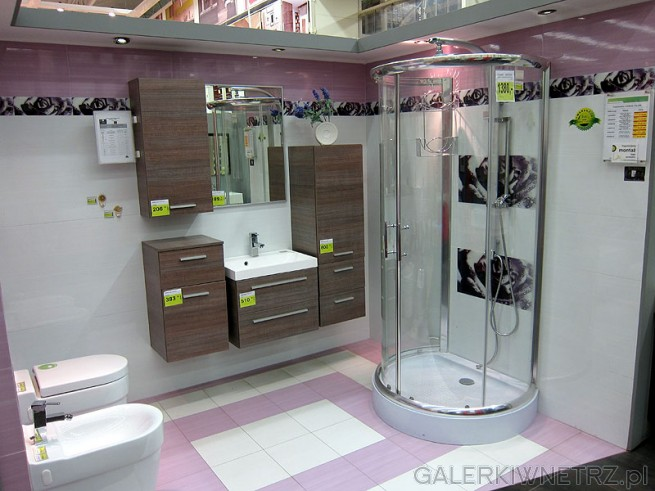 Szafki do łazienki ciemne wykonane z płyta MDF- folia PCV w połysku. Kabina prysznicowa.