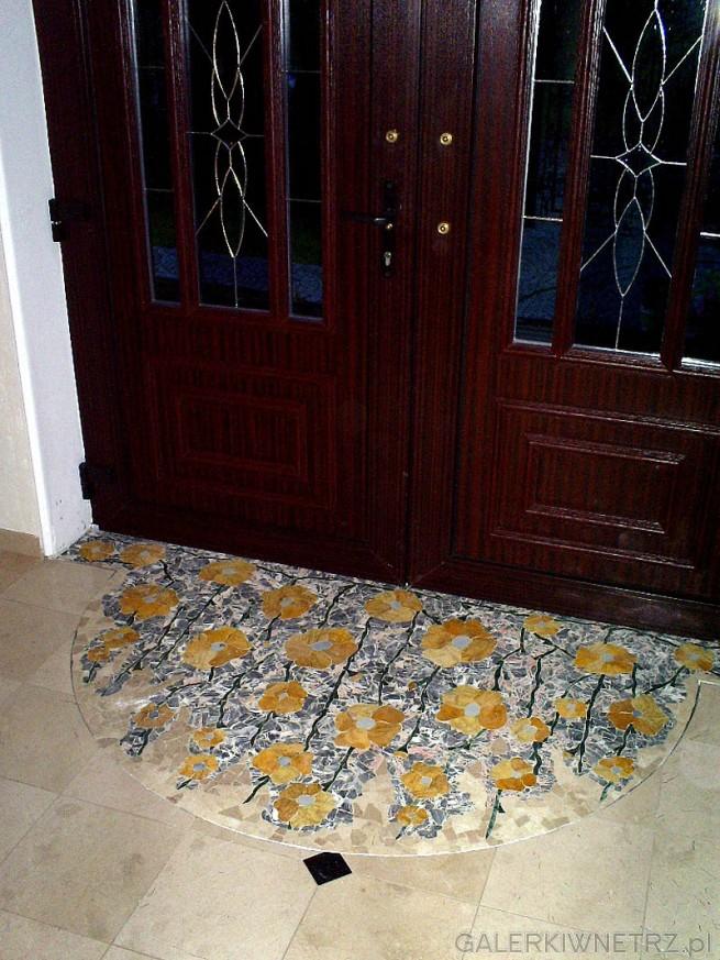 Mozaika artystyczna z kamienia naturalnego, wykonywana ręcznie na indywidualne zamówienie ...