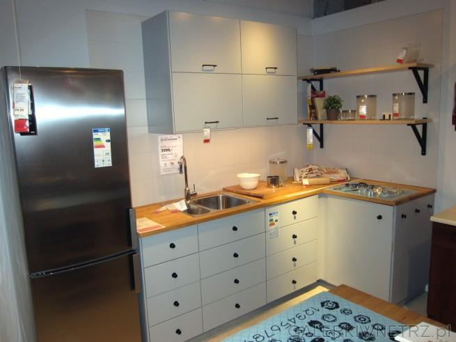 Kuchnia z IKEI METOD/VEDDINGE w cenie 3999 złotych w podstawowym zestawie. Szafki ...