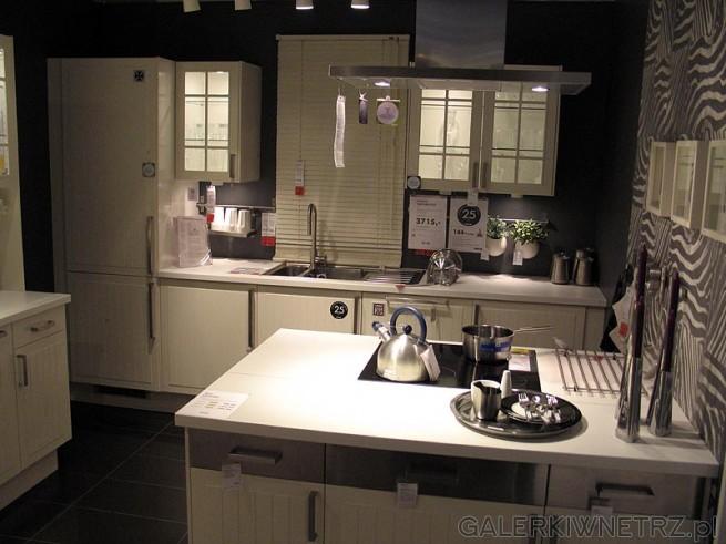 Zestaw mebli kuchennych (kuchnia)  IKEA Faktum Stat. Cena 3715PLN. Jasna kuchnia