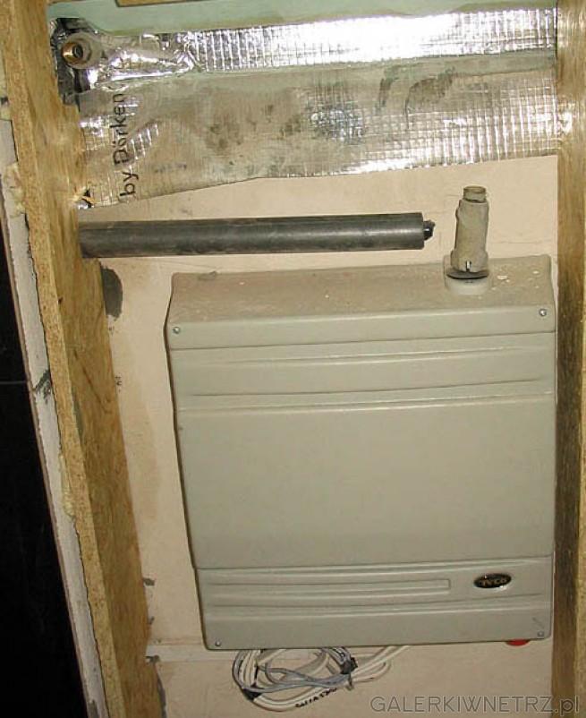 Wytwornica pary Tylo (piec sauny). Wytwornica znajduje się w pomieszczeniu obok ...