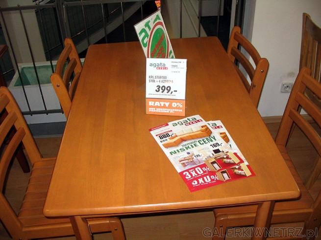 Zestaw stół + 4 krzesła w Meble Agata 399PLN. Stół ma wymiary 120cm x 75cm