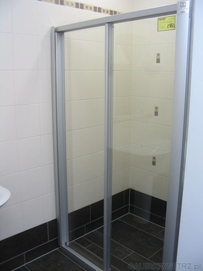 Drzwi do kabiny. To również dobry pomysł na prysznic - jednak tutaj pomieszczenie ...