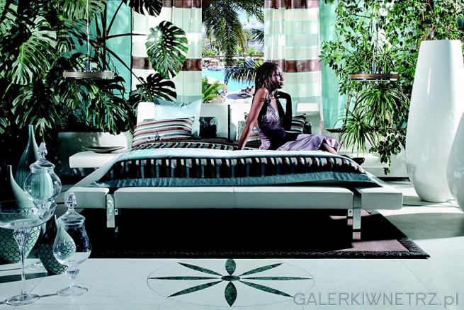 Łóżko należące do najnowszej linii produktów w kolekcji KLER. L010 wyróżniają ...