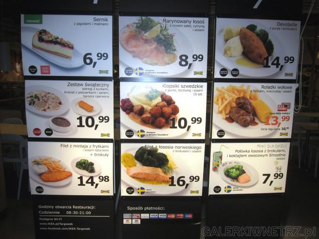 W Ikeowskim barze menu: sernik z jagodami i malinami, marynowany łosośz mixem ...