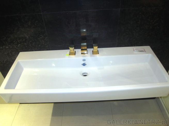 Niezwykła podłużna umywalka Duravit w cenie 4194 złotych. Jej wyjątkowy wygląd ...