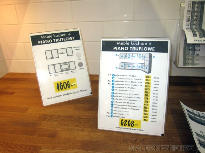 Zestaw w aranżacji PIANO TRUFLOWE składająsięz: szafka wisząca 60x72x32 ...