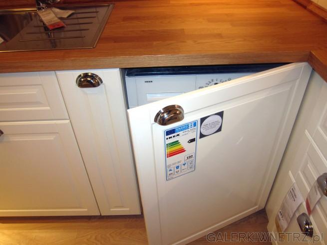 Świetny pomysł na pralkęw kuchni i jej zabudowanie- dzięki temu nie będzie ...