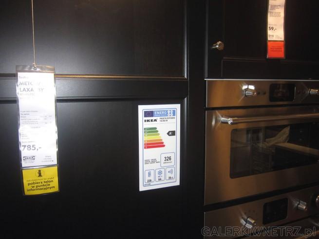 W Ikei szafka METOD/LAXARBY w kolorze czarnego brązu o wymiarach 60x60x220 cm w ...