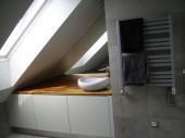 Ponadczasowa mała łazienka, projekt: leaat