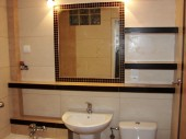 Mała łazienka z wanną, wykonanie Józef Cybulak